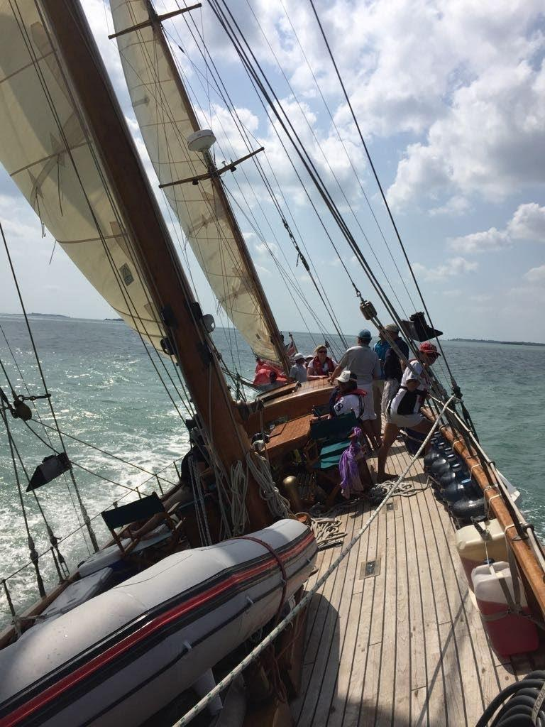 Stow and Sons Classic Yacht-12
