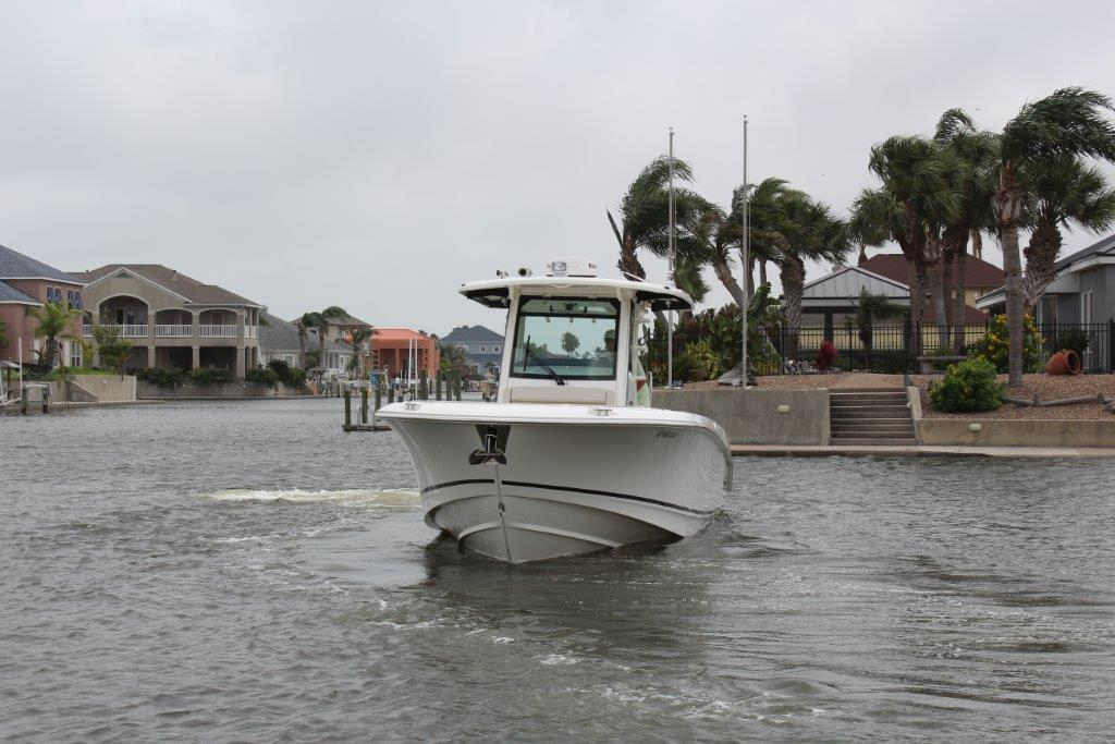 2016 Boston Whaler 330 Outrage - Yacht Sales and Services