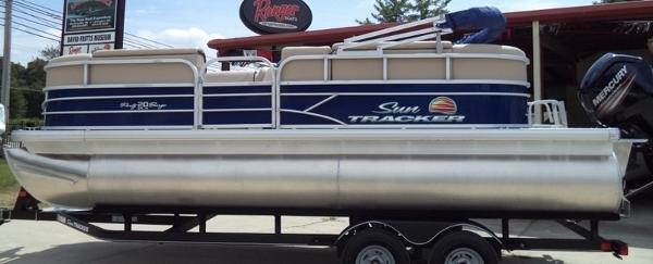 2018 SUN TRACKER PARTY BARGE® 20 DLX for sale