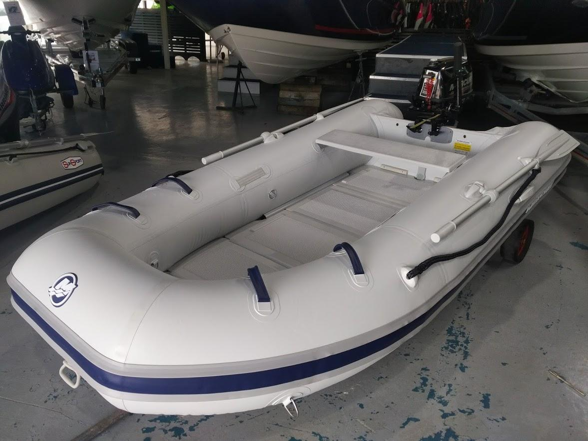 Mercury Inflatable 290 Sport with Folding Plastic Floor