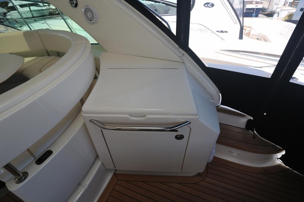 Cockpit Grill