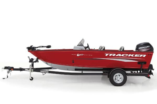2018 Tracker Boats boat for sale, model of the boat is Pro Guide V-175 SC & Image # 2 of 4