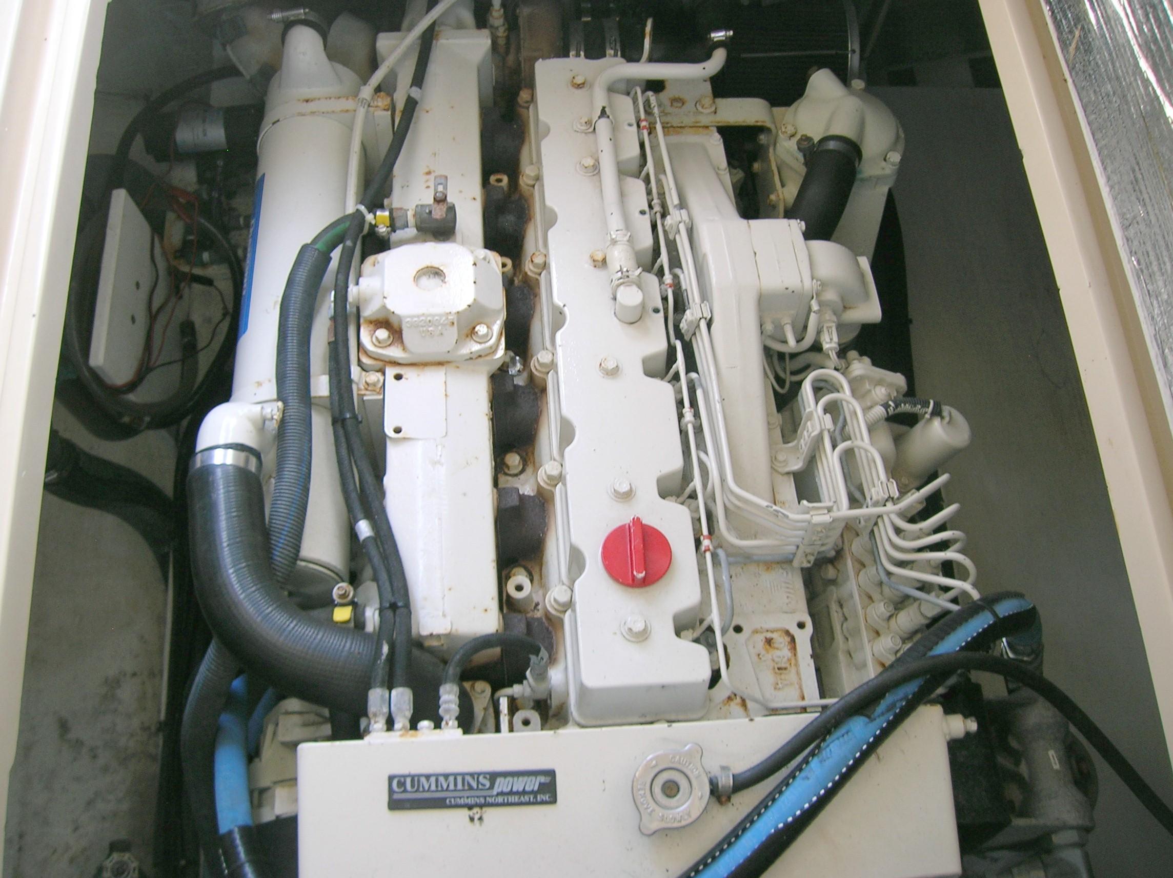 2005 Albin 31 Tournament Express Sandy Hook Yacht Sales