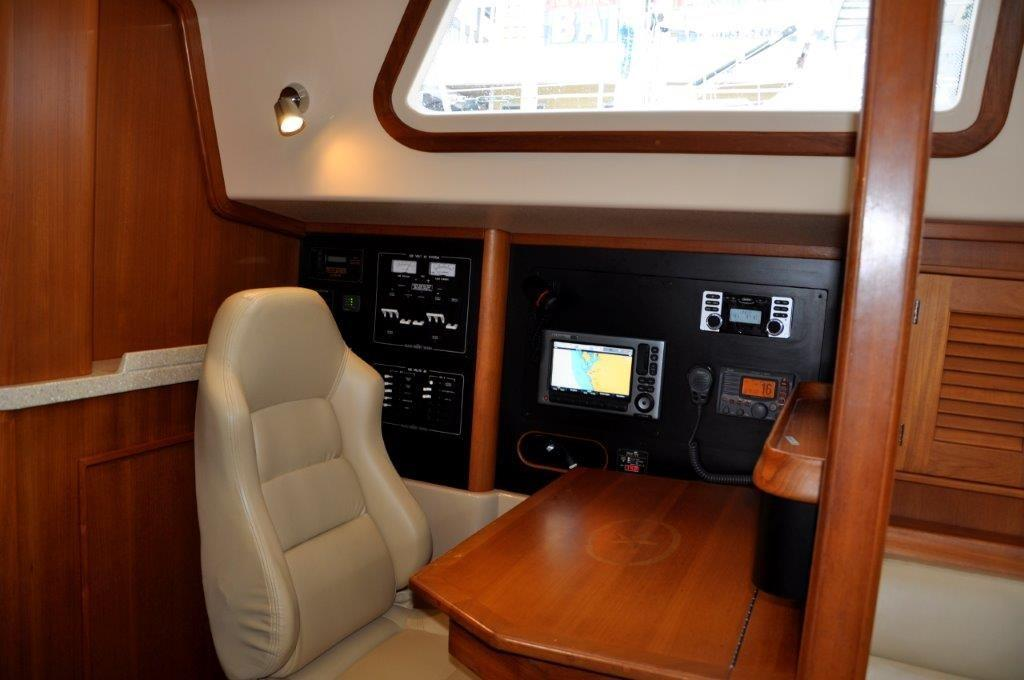 Nav station with captains chair