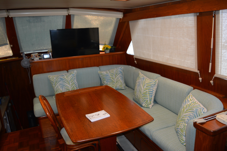 Gulfstar Aft Cabin - Galley Table