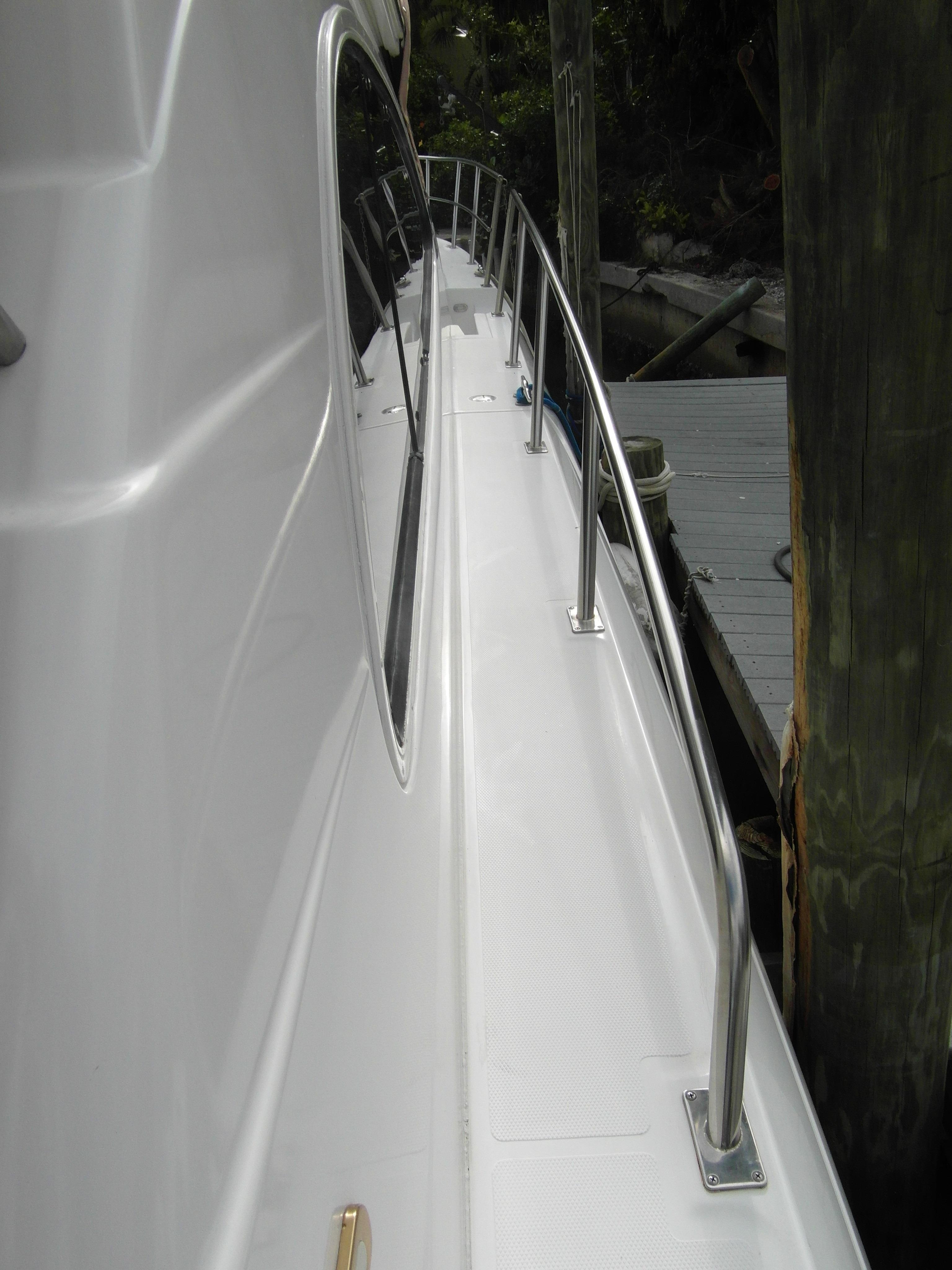 2001 Cruisers 50 Starboard Walkaround