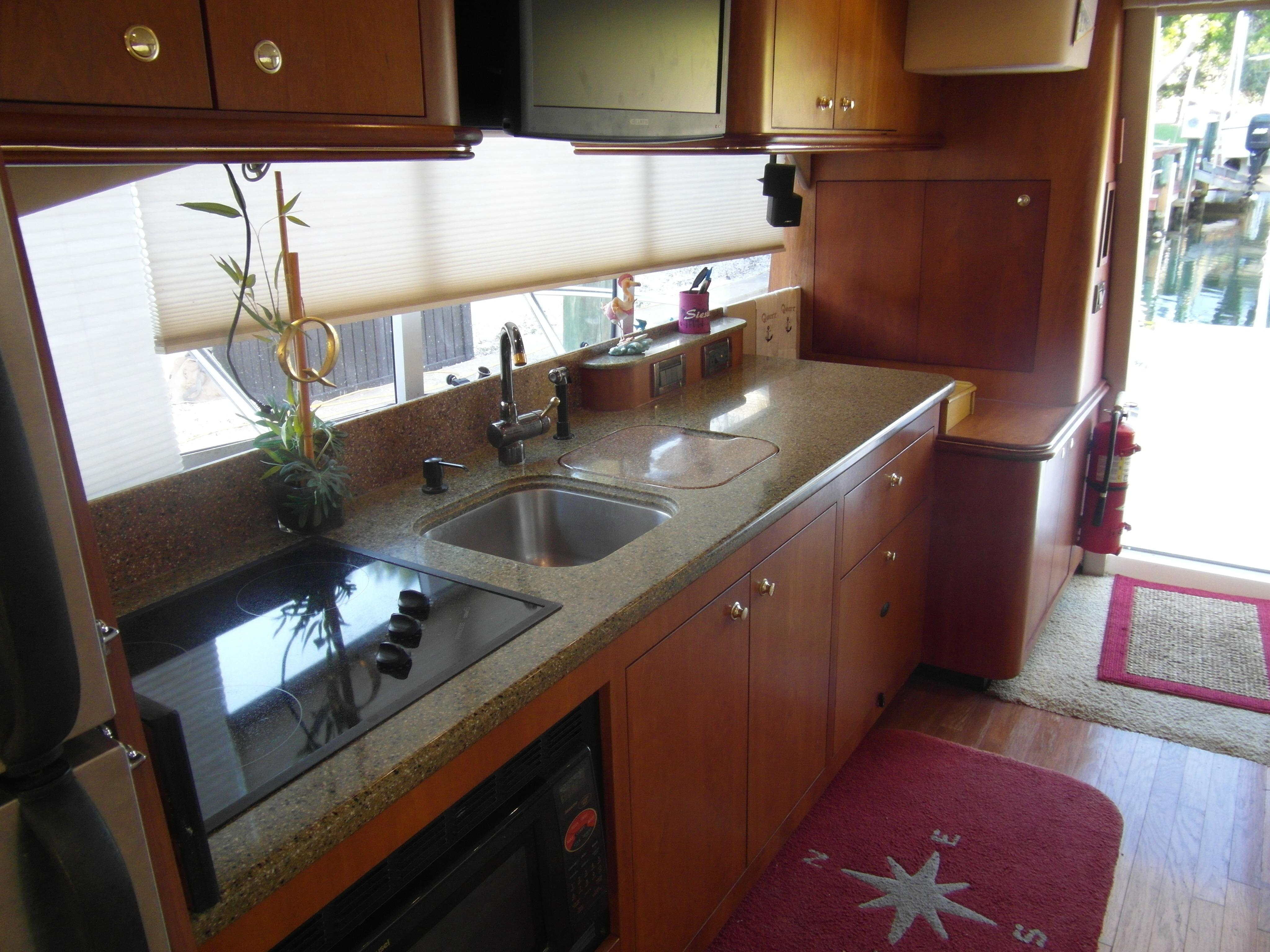2001 Cruisers 50 Galley