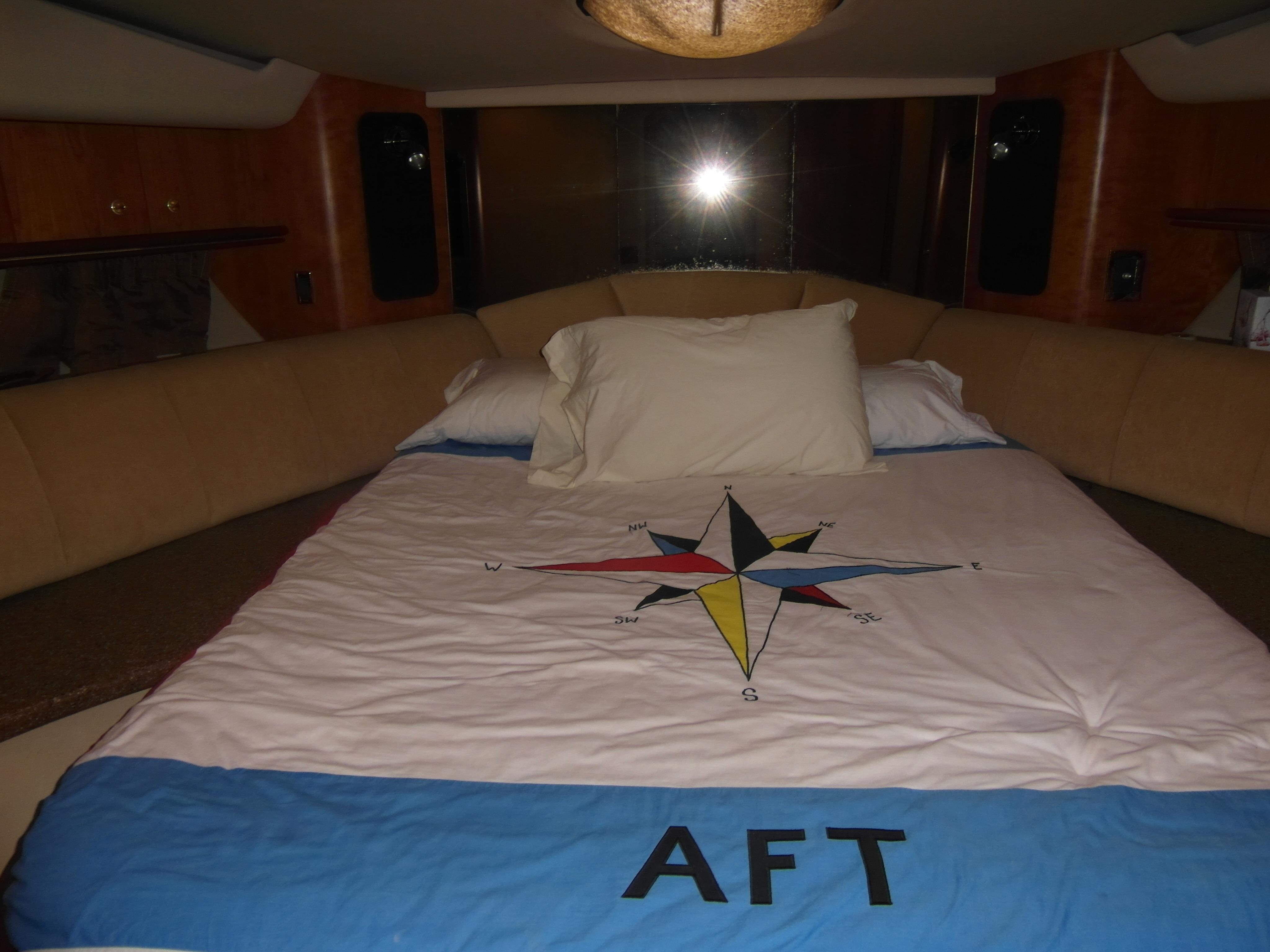 2001 Cruisers 50 VIP Stateroom