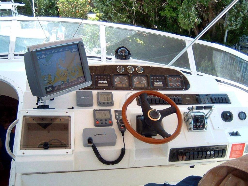2001 Cruisers 50 Upper Helm