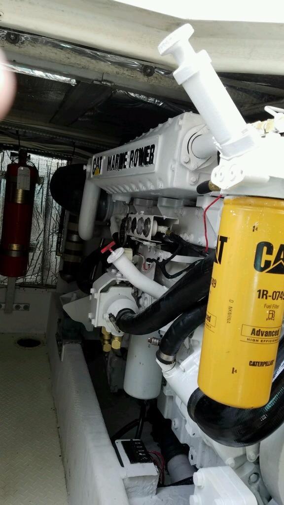 2001 Cruisers 50 Starboard Engine