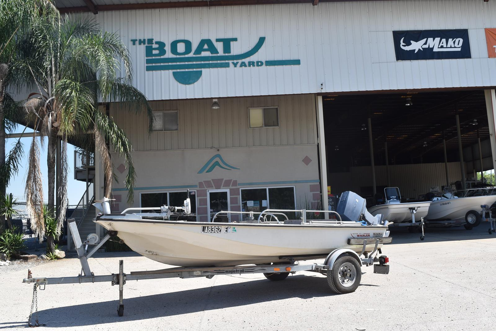 1988 Boston Whaler boat for sale, model of the boat is 15 & Image # 1 of 11
