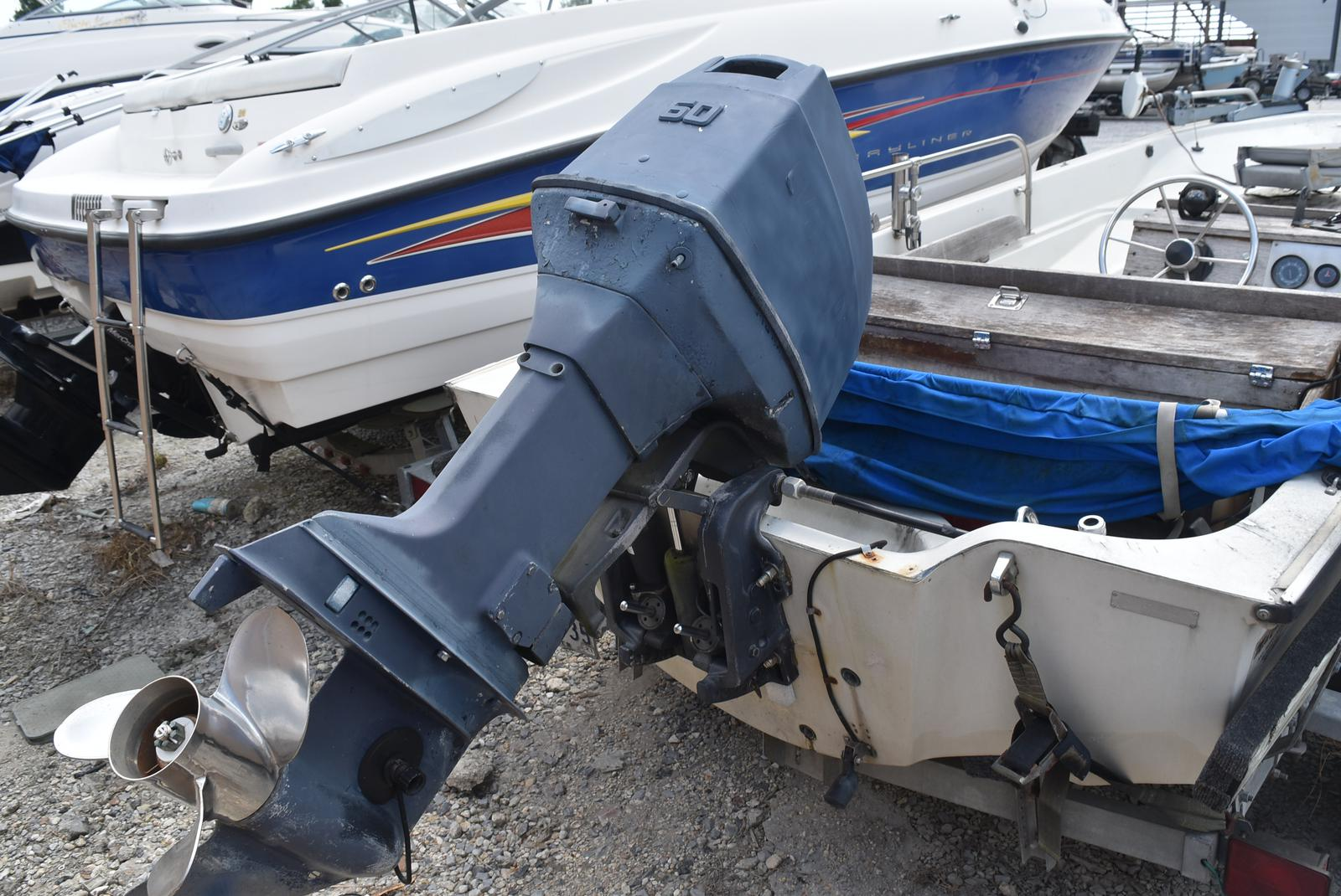 1988 Boston Whaler boat for sale, model of the boat is 15 & Image # 10 of 11