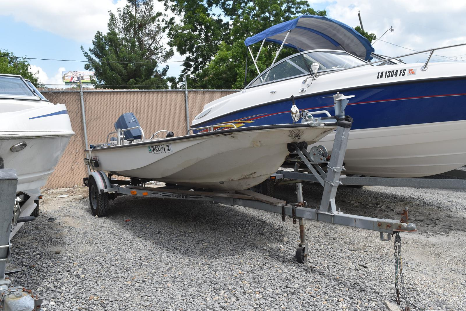 1988 Boston Whaler boat for sale, model of the boat is 15 & Image # 2 of 11