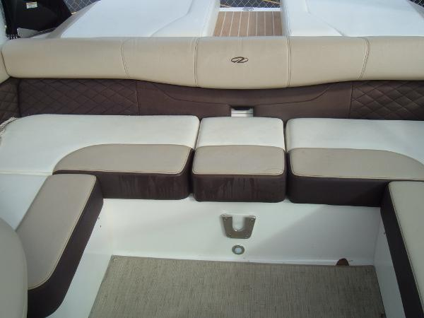 2014 Regal boat for sale, model of the boat is 2100 Bowrider & Image # 7 of 10