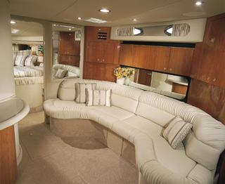 380 - Interior