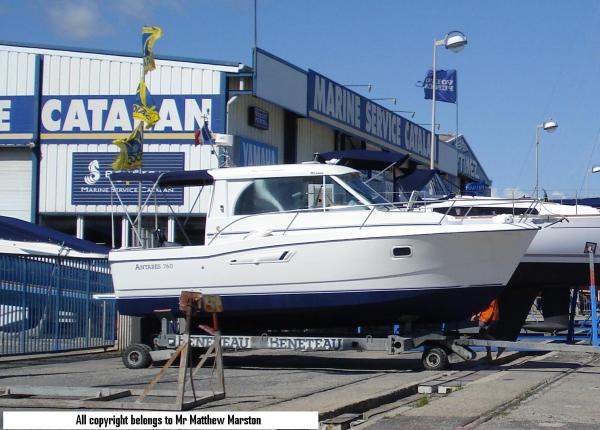Beneteau Antares 760 Boat For Sale
