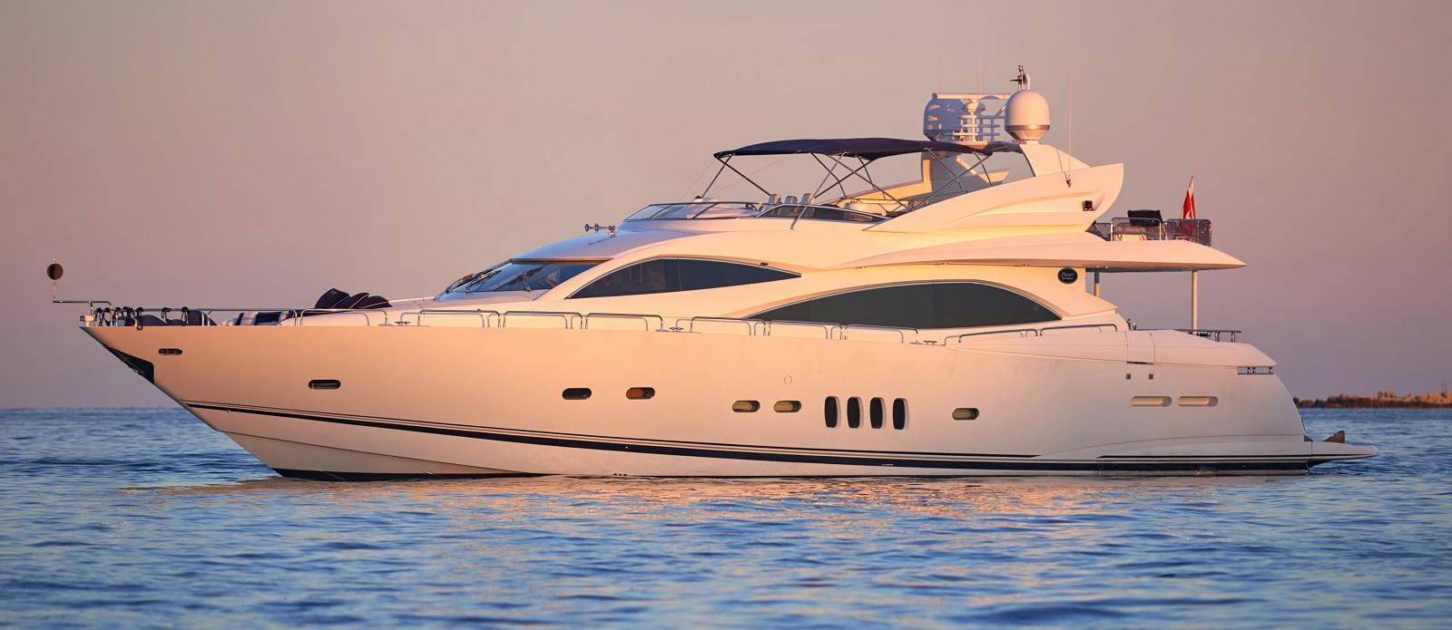92.33 ft Sunseeker 94 Yacht