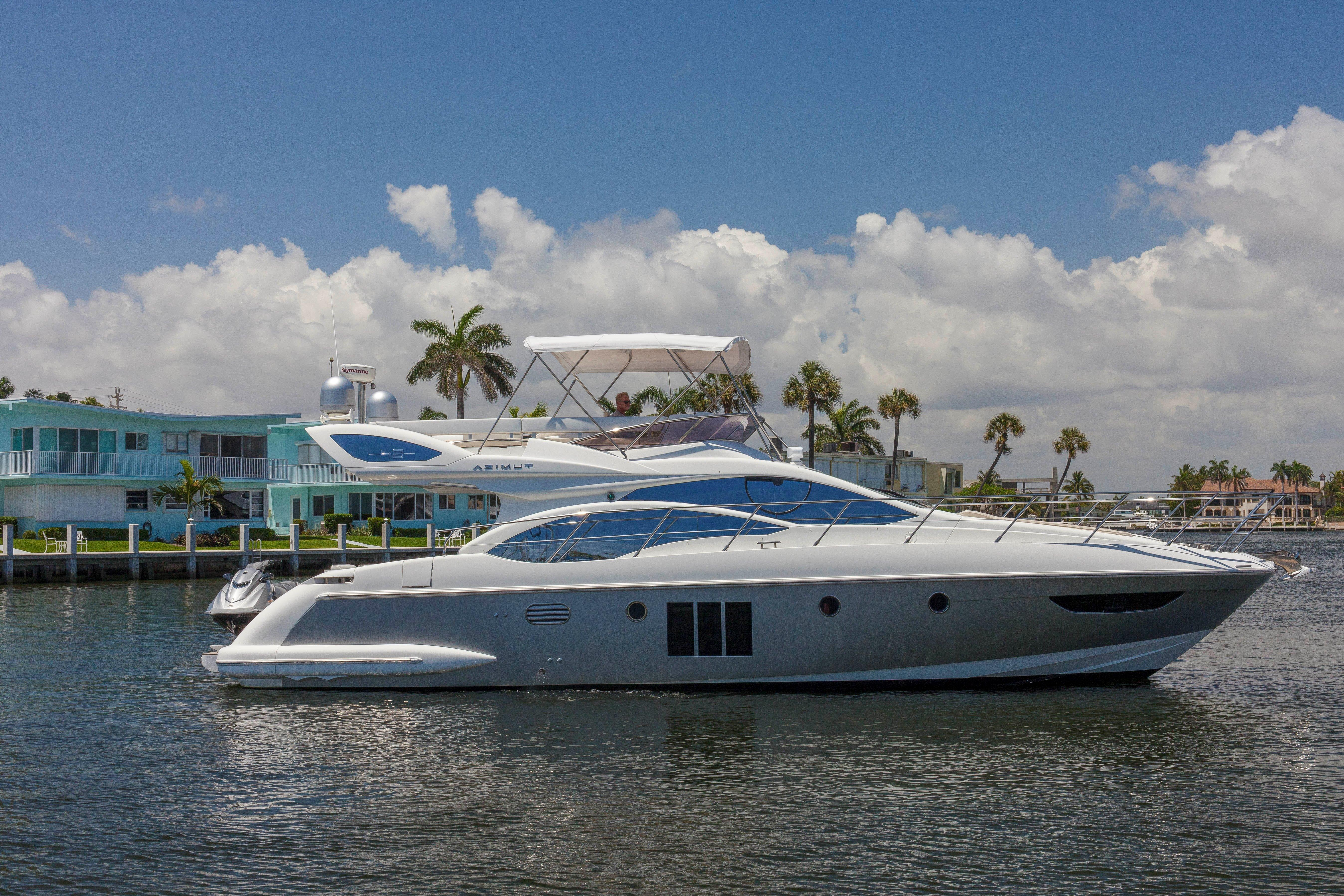 48 azimut 2013 for sale in fort lauderdale florida us for Ocean yachts 48 motor yacht for sale