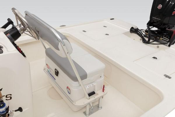 2019 Mako boat for sale, model of the boat is 18 LTS & Image # 34 of 52