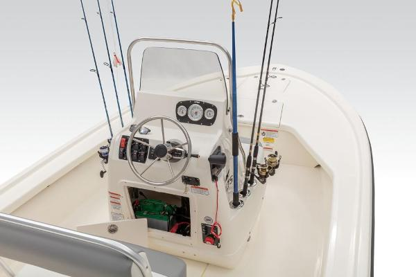 2019 Mako boat for sale, model of the boat is 18 LTS & Image # 31 of 52