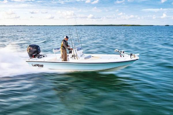 2019 Mako boat for sale, model of the boat is 18 LTS & Image # 15 of 52