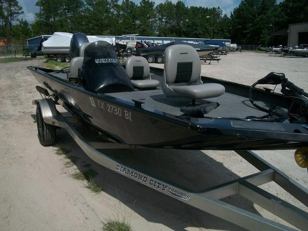 2011 Alumacraft boat for sale, model of the boat is PT175 & Image # 6 of 11