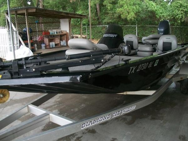 2011 Alumacraft boat for sale, model of the boat is PT175 & Image # 2 of 11