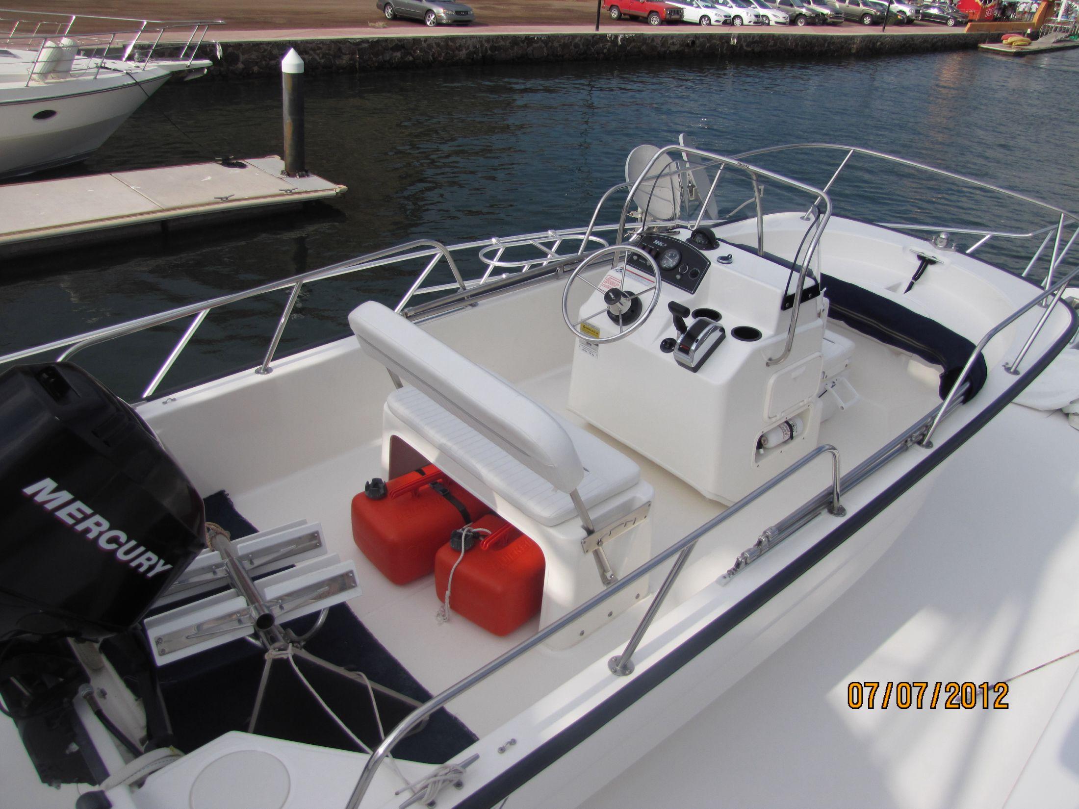 Boston Whaler 150 Montauk Tender