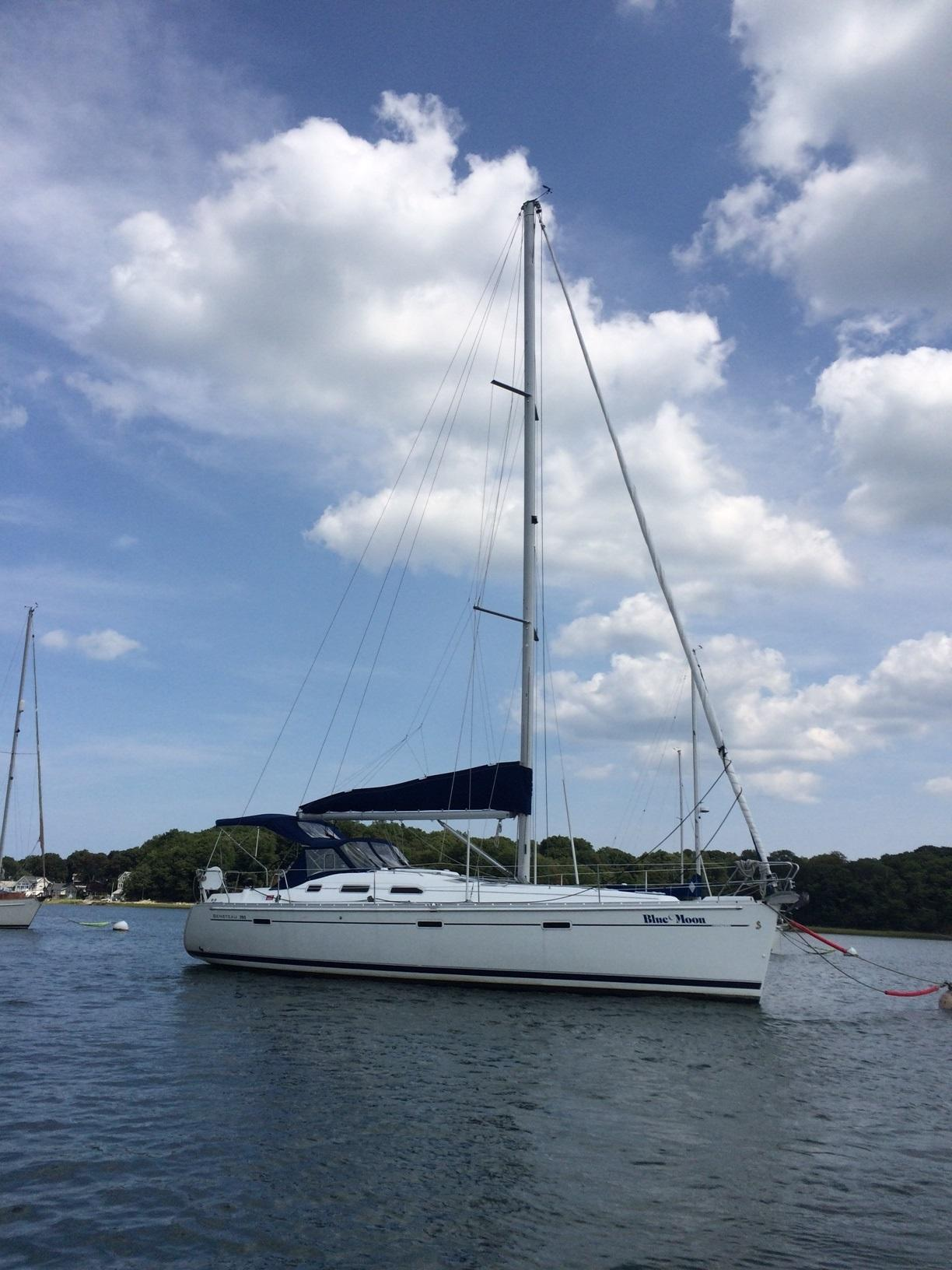 Beneteau Oceanis 393 - Two staterooms