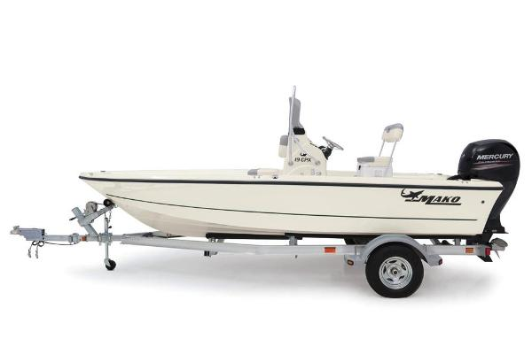 2019 Mako boat for sale, model of the boat is 19 CPX & Image # 25 of 61