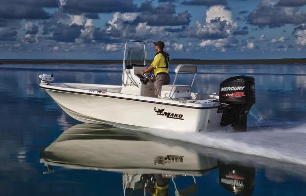 2019 Mako boat for sale, model of the boat is 19 CPX & Image # 4 of 61