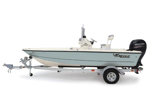 2019 Mako boat for sale, model of the boat is 19 CPX & Image # 35 of 122