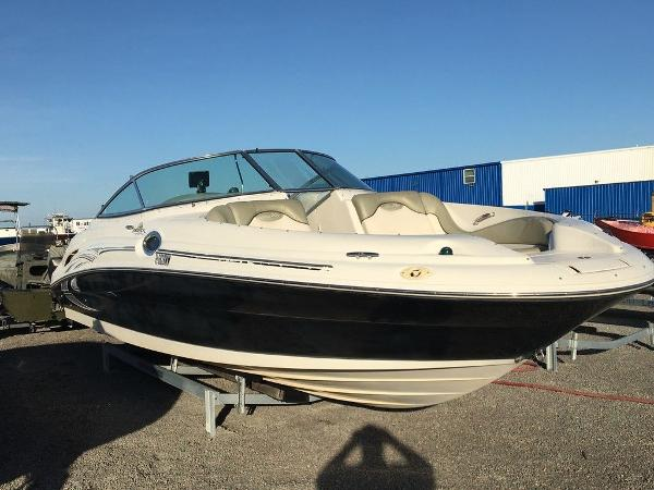 2005 SEA RAY 270 SUNDECK for sale