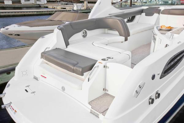 2013 Rinker boat for sale, model of the boat is 290 Express Cruiser & Image # 6 of 10