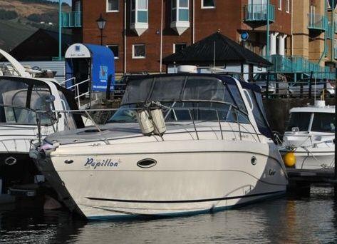 Rinker 310 Fiesta Vee Boat For Sale
