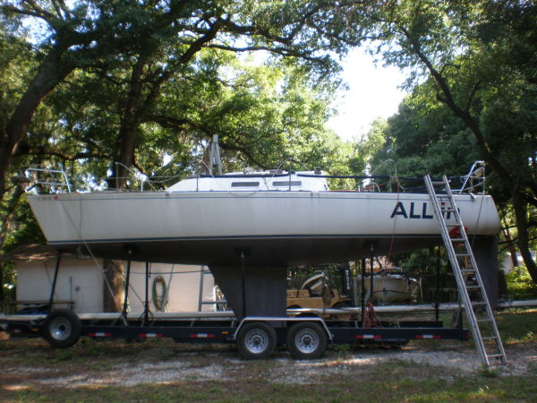 J Boats 33 Racers and Cruisers. Listing Number: M-3472989 33' J Boats 33