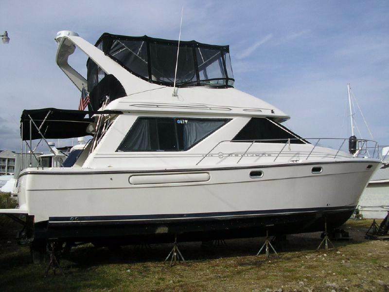 2001 Bayliner 3988 Command Bridge Motoryacht
