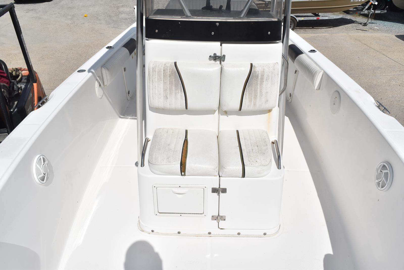 1999 Century boat for sale, model of the boat is 2600 CC & Image # 18 of 18