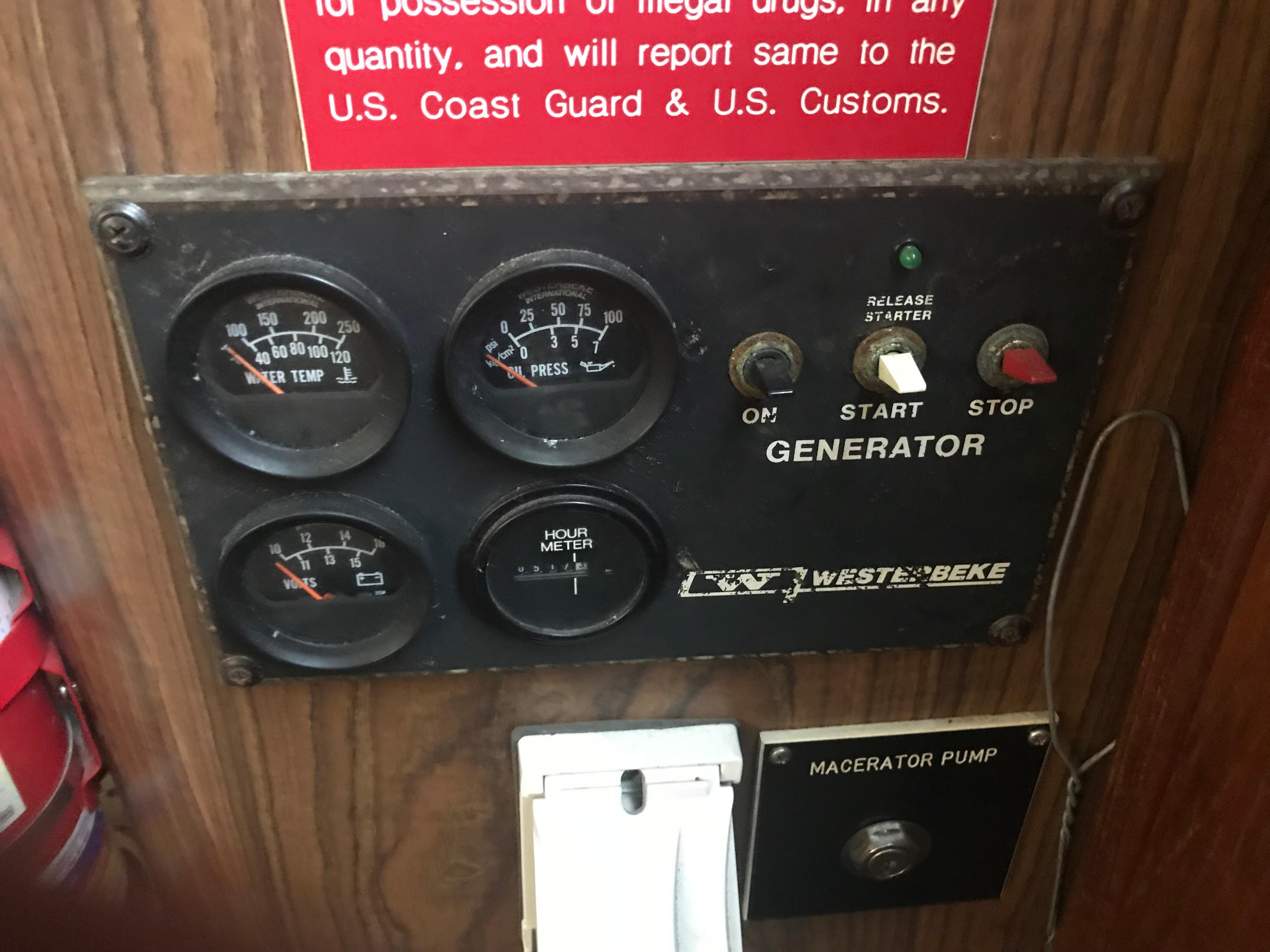 Bluewater Yachts 48 Houseboat - Generator Control Panel