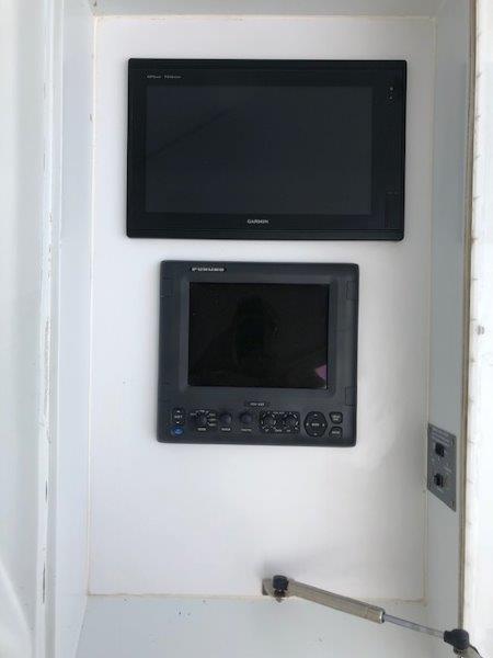 Flybridge Console Electronics
