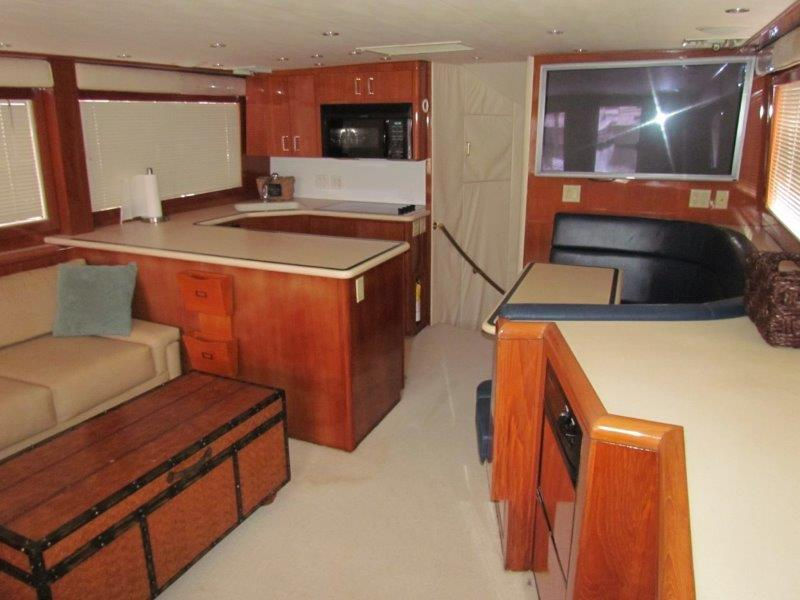 Galley Dinette Forward View