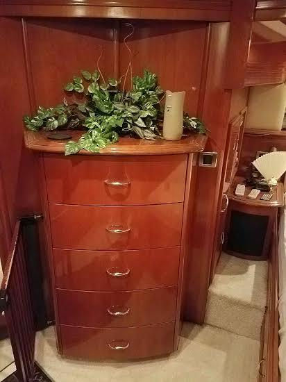 Master Chest of Drawers