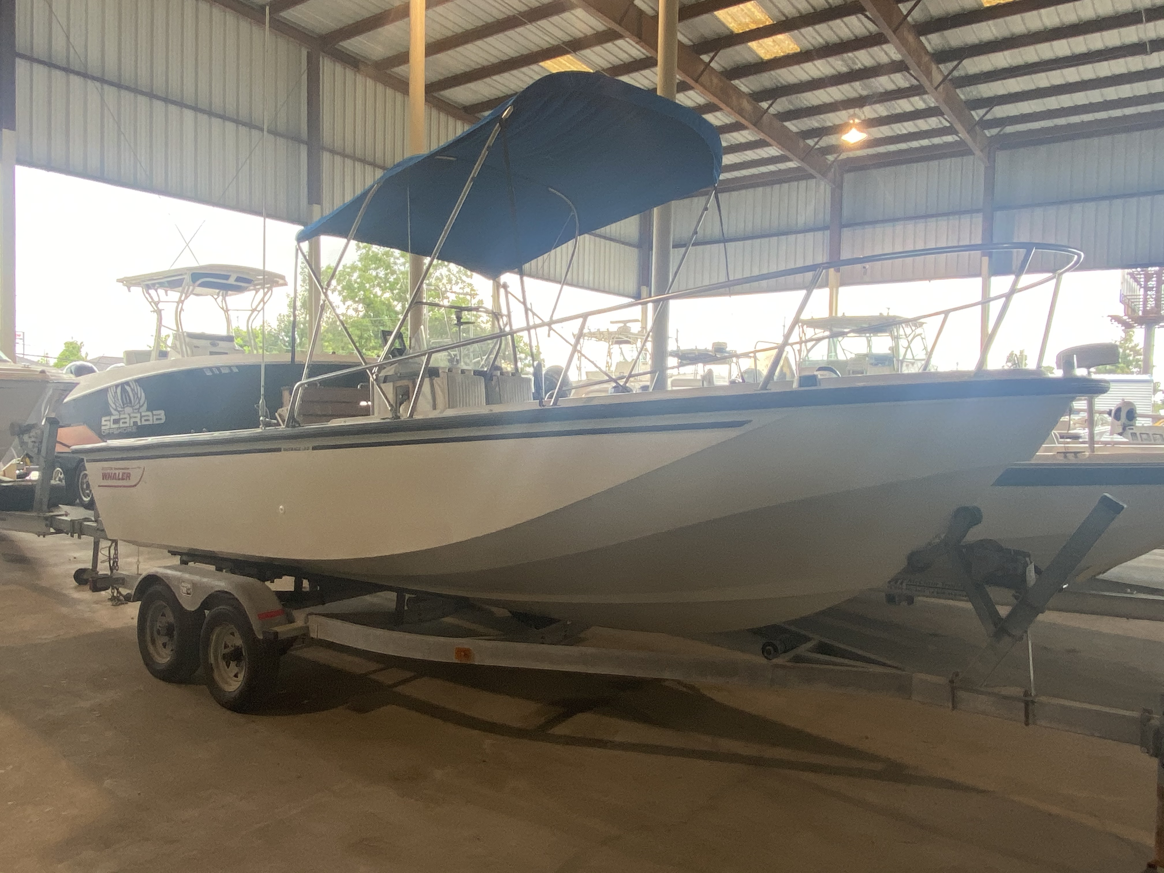 1989 BOSTON WHALER OUTRAGE 20 (HULL & TRAILER) for sale