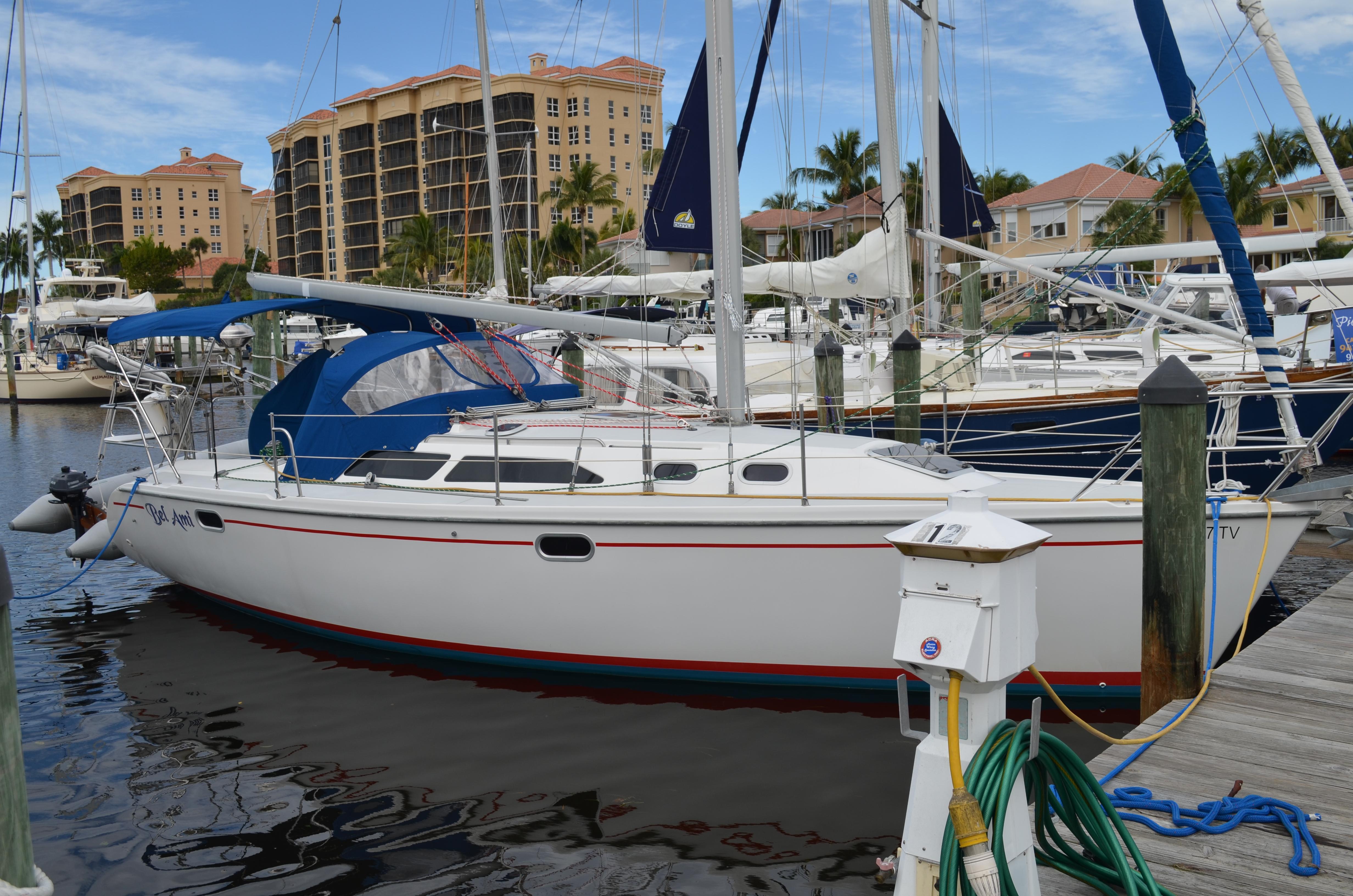 32' Catalina 2000 320 MkII