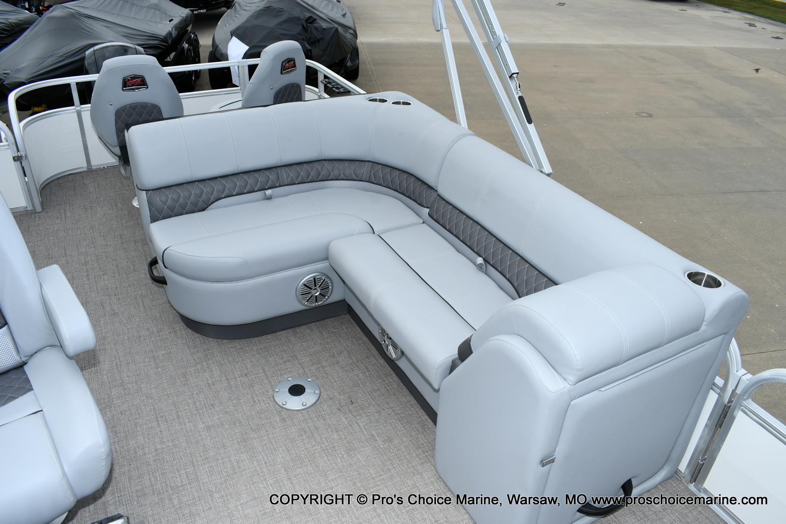 2020 Ranger Boats boat for sale, model of the boat is 223FC & Image # 14 of 50