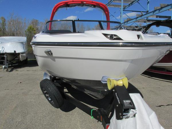 2020 Yamaha boat for sale, model of the boat is 212X & Image # 3 of 37