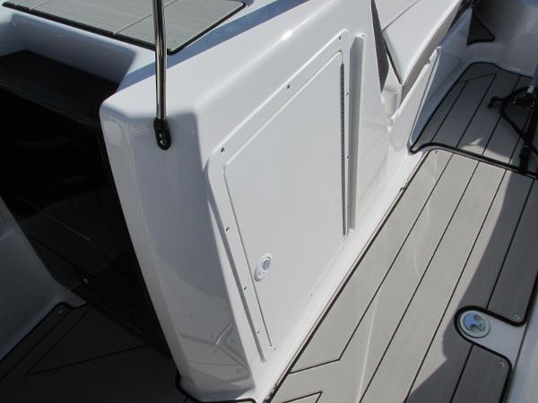 2020 Yamaha boat for sale, model of the boat is 212X & Image # 30 of 37