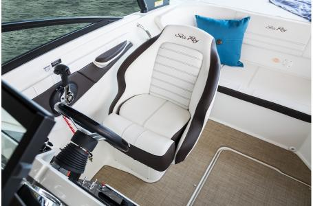 2020 Sea Ray boat for sale, model of the boat is 190 Sport & Image # 4 of 5