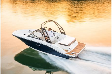 2020 Sea Ray boat for sale, model of the boat is 190 Sport & Image # 5 of 5