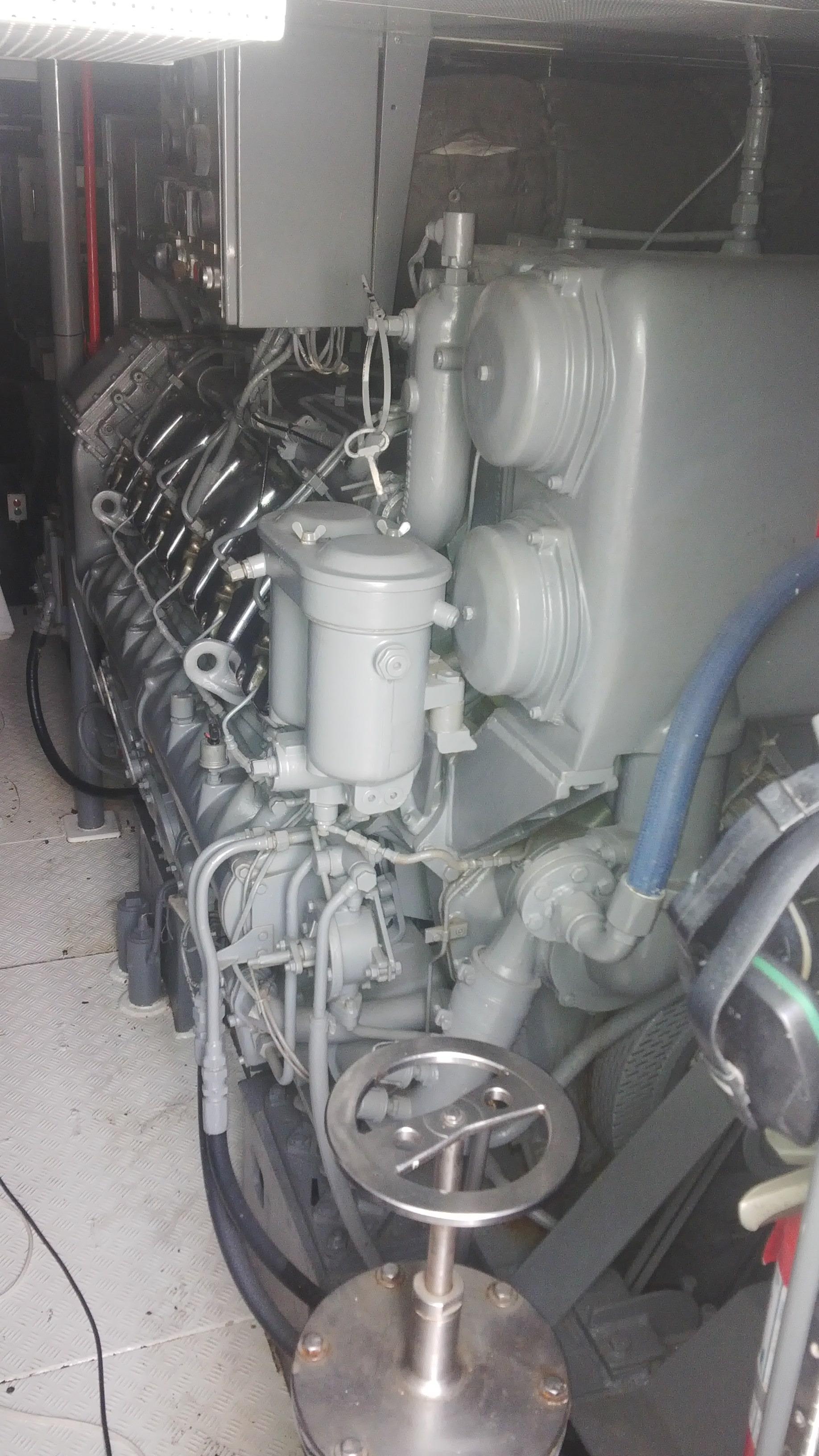 Port MWM - 12 V 604 - B - 1960 HP